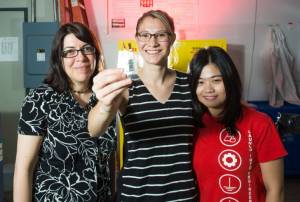 REU student Kimi Bourland (center) with Haleh Ardebili (left) and Student Mentor Mengying Yuan (right)