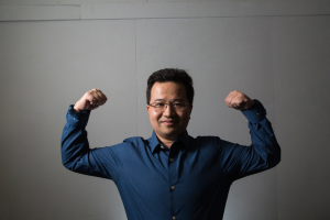 Zheng Chen is putting more muscle into artificial muscles