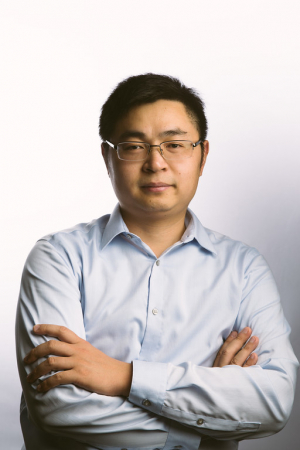 Cunjiang Yu, a mechanical engineering professor at the University of Houston, won a 2018 ONR Young Investigator Award