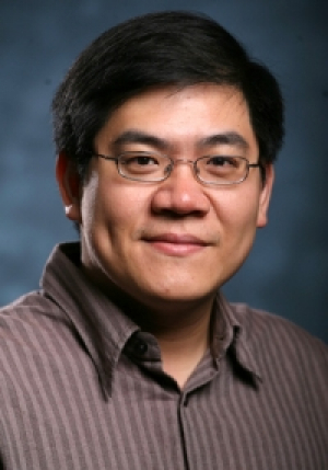 UH professor Wei-Chuan Shih & his research team's new smartphone tool to detect lead in water made the news.