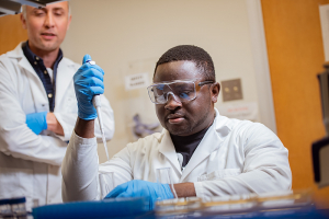 Adesola Saba, PhD candidate in Chemical and Biomolecular Engineering at the UH Cullen College of Engineering, was awarded a National Defense Science and Engineering Graduate Fellowship for his work studying the metabolome of bacterial persisters in assistant professor Dr. Mehmet Orman's lab.