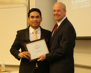 Jay Adolacion, an alumnus of the UH Cullen College of Engineering, won the 2019 Young Innovator Award.