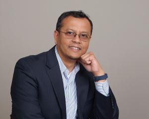 UH ECE Industry Advisory Board member Abu Baker, Hewlett-Packard.