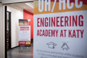 The UH/HCC Engineering Academy at Katy is a unique educational partnership between UH and HCC.