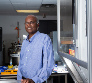 Venkat Selvamanickam will lead a $1.5 million project to develop high temperature superconducting magnets made from low-cost raw materials and capable of handling high currents in a magnetic field greater than 20 Tesla.