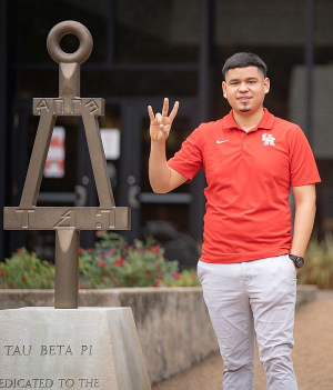 Yonatan Mascorro, an undergraduate studying Mechanical Engineering at the University of Houston's Cullen College of Engineering, is the recipient of the 2020 Mayor's Hispanic Heritage Youth Activist Award.