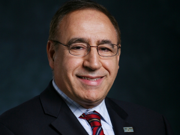 Metin Akay, John S. Dunn Endowed Chairman of Biomedical Engineering at the Cullen College of Engineering, will accept an honorary degree from a Polish university in the first week of October 2021.