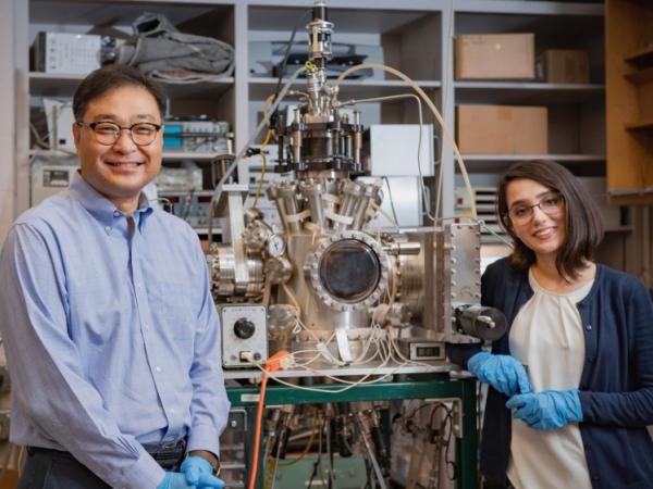 Jae-Hyun Ryou, Ph.D., Associate Professor of Mechanical Engineering and his doctoral student Mina Moradnia.