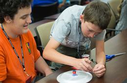 ECE Professor Introduces Cougar Junior Scholars to Engineering Principles